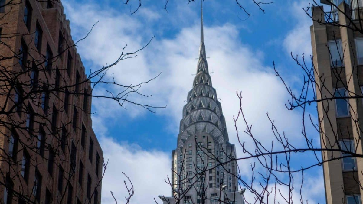 New York's iconic Chrysler Building to sell for $150 mn: report