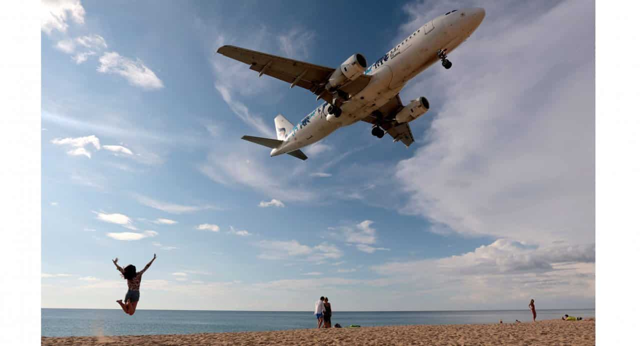 Phuket moves to ban famous aircraft photos from beach. The Phuket authorities are restricting photography aircraft photography from Mai Khao