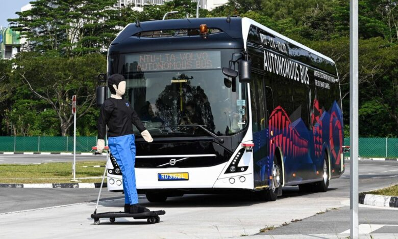 Volvo unveils driverless electric bus in Singapore