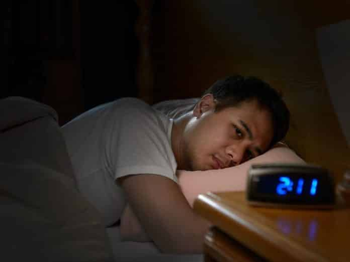 You Can't Make Up for Lost Sleep by Snoozing on the Weekends. A new study suggests that sleeping late on Saturday and Sunday may disrupt metabolic