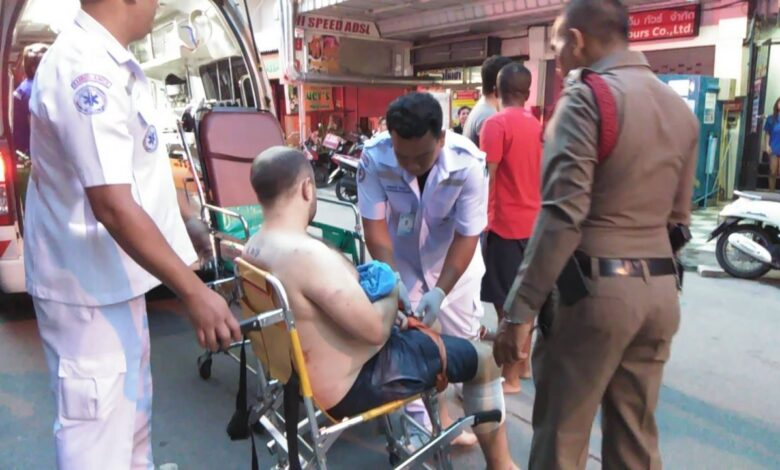 Briton injured by knife-wielding Thai wife in Pattaya A Thai woman severely injured her British husband with a knife following a quarrel at their rented