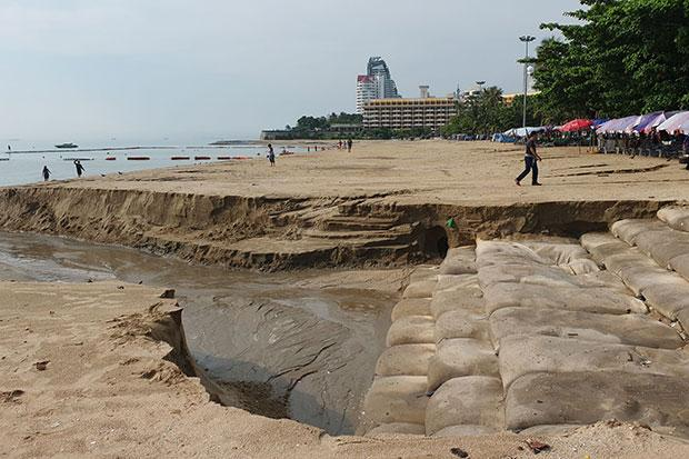 Pattaya's rebuilt beach sorely damaged by thunderstorm