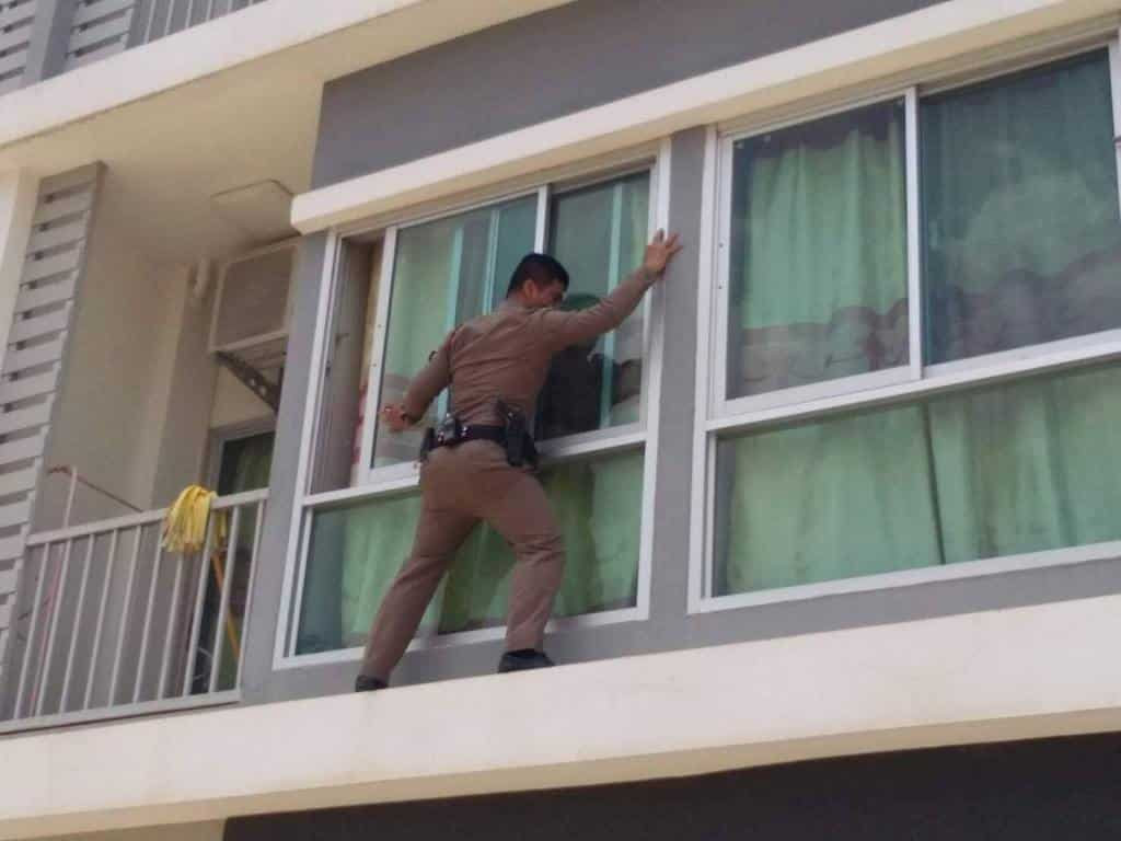 Spider-Cop Saves Woman's Life A quick-thinking policeman was hailed a real-life Spiderman after climbing between balconies to save the life of a suicidal