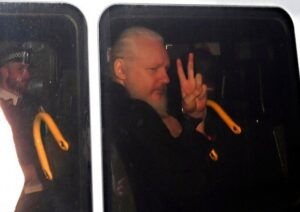 WikiLeaks' Assange hauled from embassy, faces US charge British police on Thursday hauled a bearded and shouting Julian Assange from the Ecuadorian Embassy
