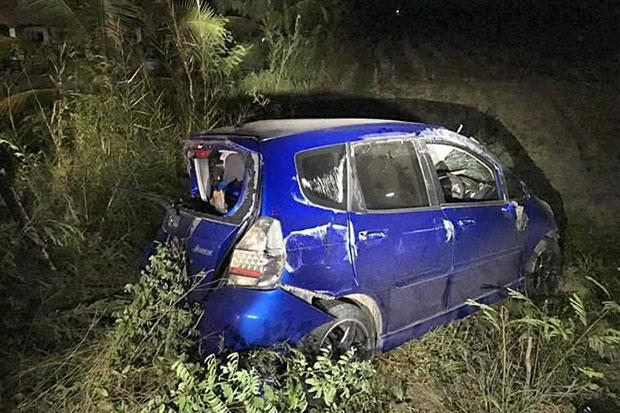 Family of five dead, police hunting driver of car left at scene