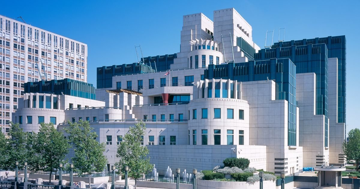 MI5 and MI6 launch hunt for new recruits – find out if you have what it takes