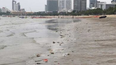 Pattaya Beach becoming dirtier, covered in trash, Beach vendors say tourists to blame. This week, pictures given to the news media in the city showed that
