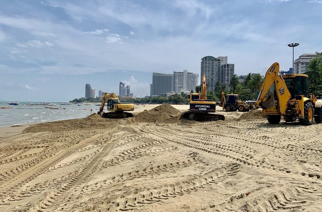 Pattaya again patches up flood-battered beach