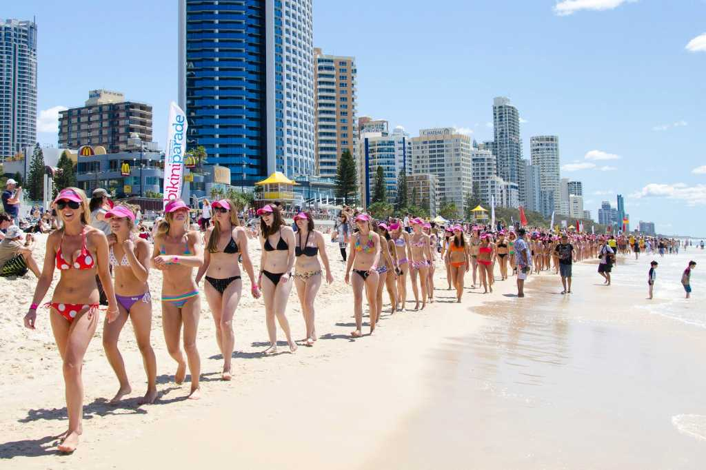 Thai bikini babes set to smash Guinness World Record at 2019 Pattaya beach race. Thailand's bikini babes have been encouraged to go to 7-Eleven and .