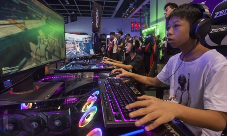 Thai parents just as addicted to gaming as their kids. The head of the Innovation and Inventor Association of Thailand has told parents of children
