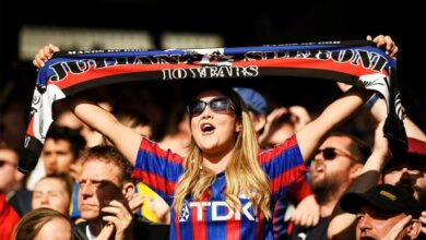 Thaksin considers take over at Palace. Former Thai prime minister Thaksin Shinawatra is in talks with Crystal Palace for a possible takeover of the English