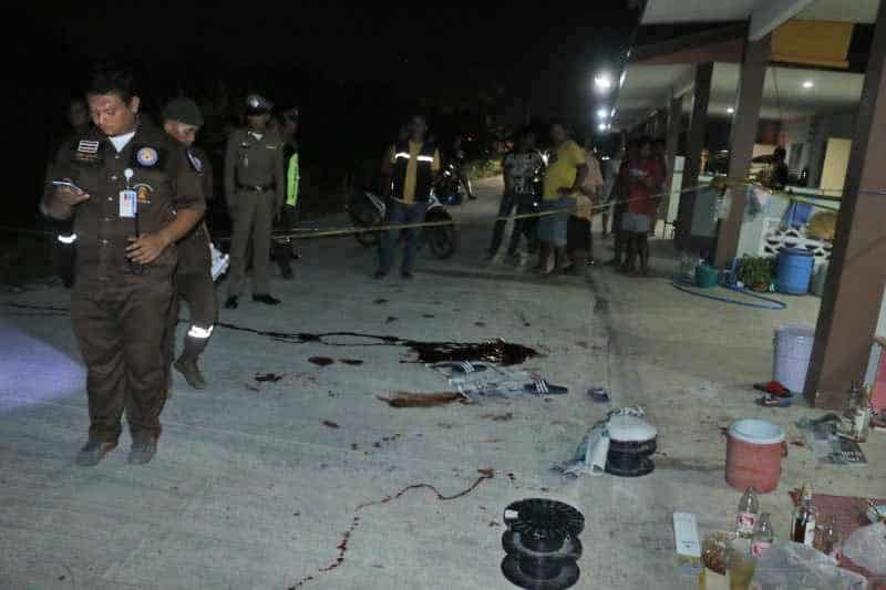 """Three shot dead """"for revving their bike engines"""" A shooting at an innocent party in Nakorn Pathom has left three dead just because the noise of revving bike"""