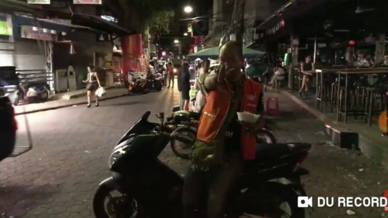 YouTuber Attacked In Thailand After Insulting Locals - Video