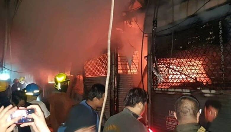 Chatuchak Market Fire 110 shops burned. There was a fire at Chatuchak Market in Bangkok on 2 June 2019. The Chatuchak Market is a weekend