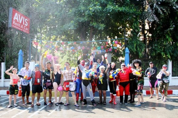 Dusit Thani Pattaya joined Pattaya City's Post-Songkran celebration 'Wan Lai. The management and staff along with hotel guests of Dusit Thani Pattaya joined