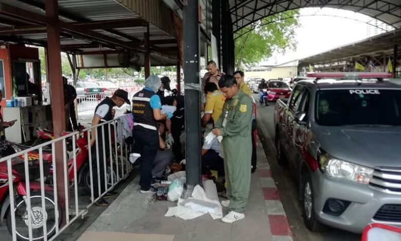Homeless man killed near Bangkok railway station. A homeless man was found with his throat slit in a motorcycle park beside Hua Lamphong railway