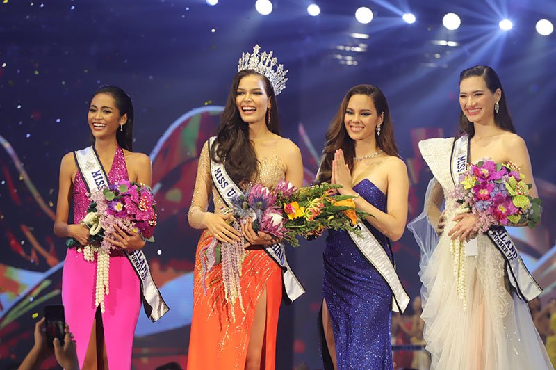 """From left to right: second runner-up Thanatchaporn """"Bella"""" Boonsaeng, Fahsai, Gray, and first runner-up Miriam Sornprommas."""