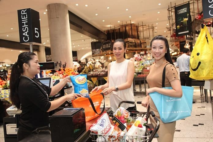 The Mall, Siam Paragon, Emporium, EmQuartier to Charge 1 Baht Per Plastic Bag