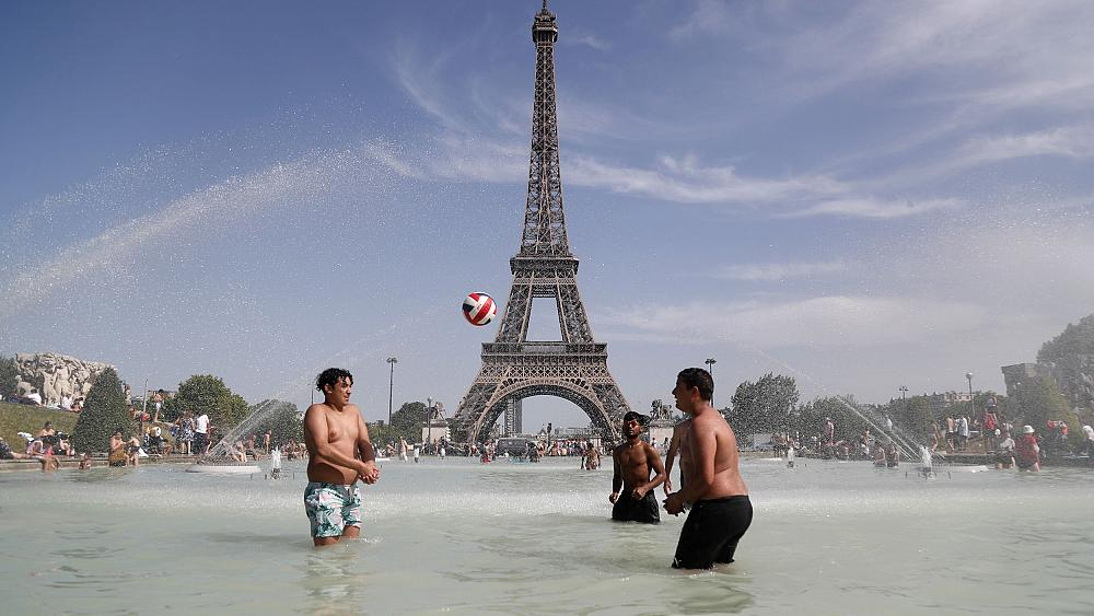 Summer heatwaves caused 1,500 extra deaths in France