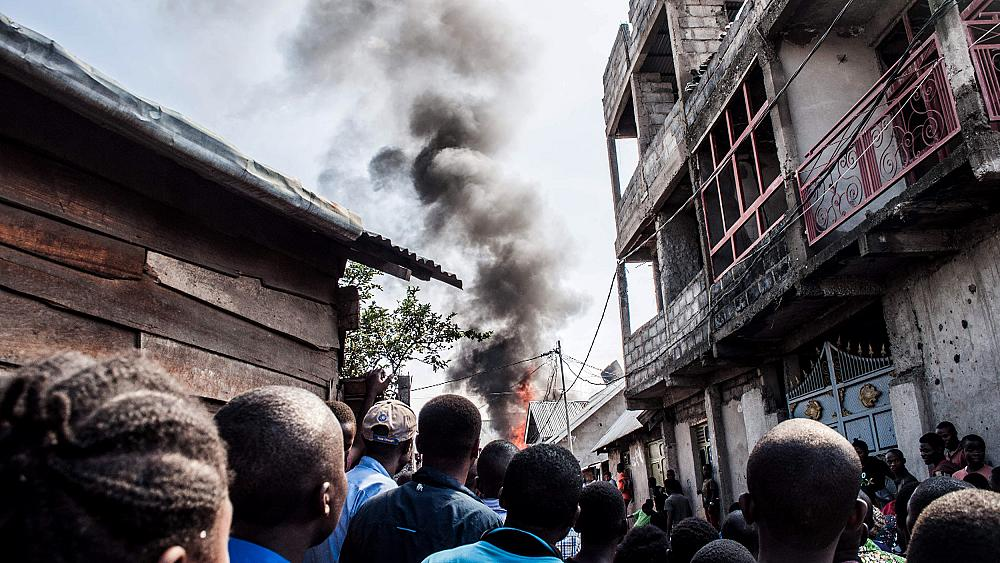 At least 25 dead as plane crashes into homes in Congo