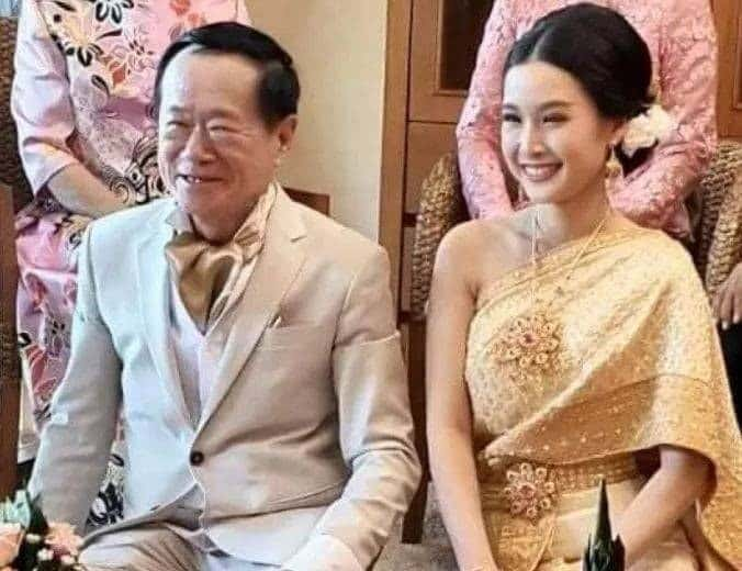 Coffee tycoon gets married