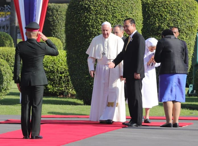 Pope Francis Highlights Trafficking Issues in Meeting With Prayuth