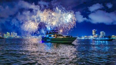 Amazing Pattaya Fireworks Luxury Yacht Tour
