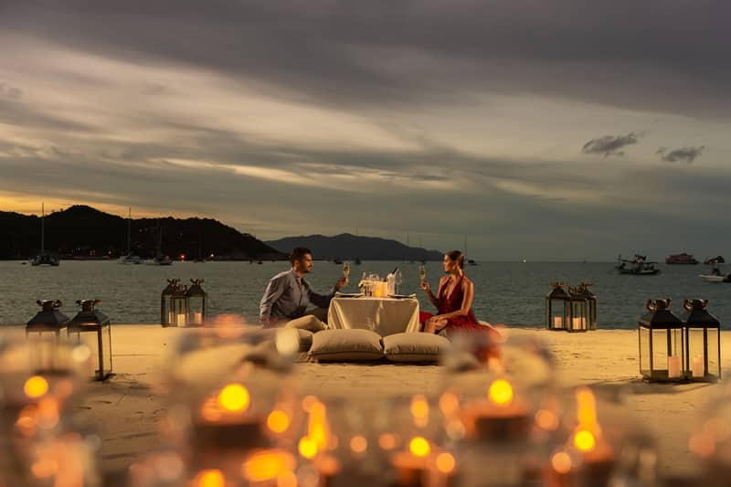 Dinners Dial Up Romance Factor