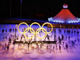 The pandemic-stricken Tokyo Olympics open peaceful ceremony without spectators!